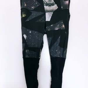 Alo Yoga - Goddess Legging - Vapor Space/Black